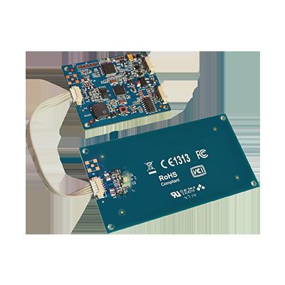 USB NFC čitač kartica kome se može skinuti antena